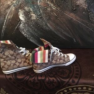 Women's coats converse style sneakers